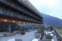 Terasa hotela v Kazbegi