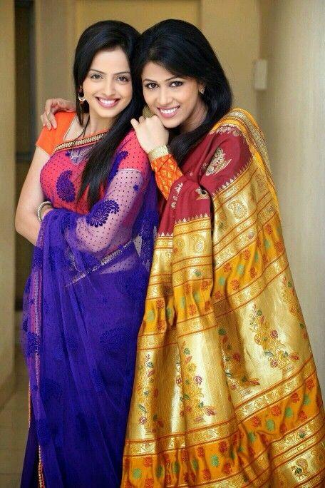 Astha and Jyoti - Iss Pyaar Ko Kya Naam Doon Ek Baar Phir