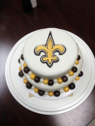 New Orleans Saints Themed Cake In 2019 Cake Themed