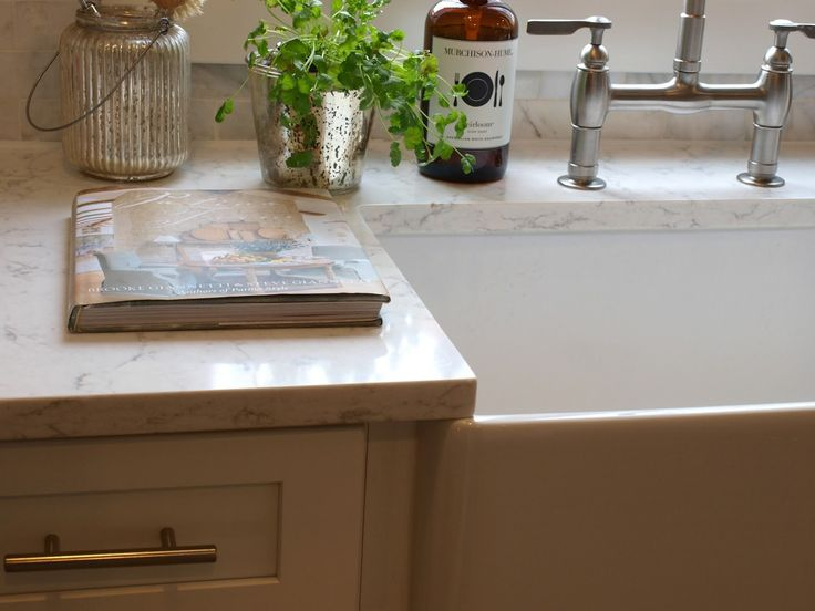 Modern farmhouse fireclay sink and Viatera Minuet quartz in my kitchen - Hello Lovely Studio