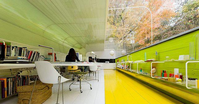 kantoor-groen-geel; werken in de natuur; Aelgas Cano Architecture