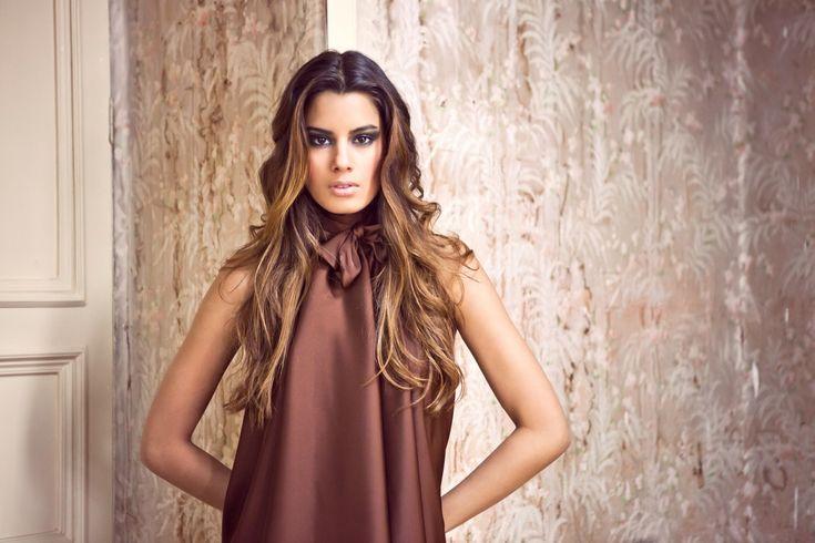 Miss Colombie reçoit une proposition indécente #AriadnaGutiérrez, #MissColombie, #Pornographique, #VividFilms