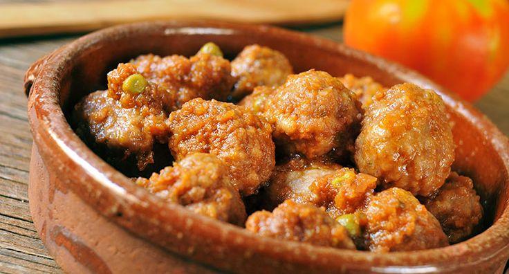 Albondigas en salsa picante de tomate (kjøttboller i sterk tomatsaus)