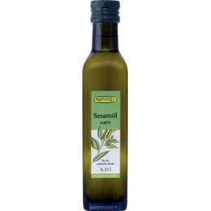 Uleiul nostru de susan bio de inalta calitate este o delicatesa cu gust fin de alune. Magazin online cu alimente naturale, uleiuri bio, ulei de susan bio.