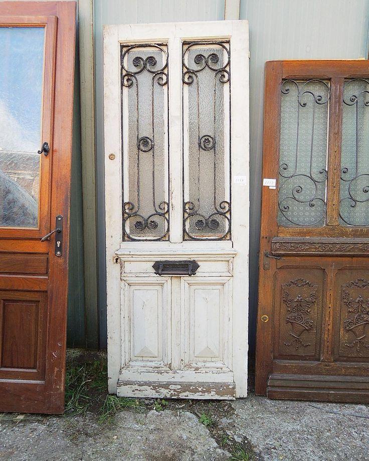 #アイアンドア #エントランスドア #玄関ドア  販売価格やコンディションなどの詳細は、商品が日本に到着してからのお問い合わせください🙇♀️ #フランスアンティーク #レエンダ #アンティーク建具 #アンティークドア #ガラスドア #エントランス #アイアン #シャビー #フレンチ #フランス #買い付け