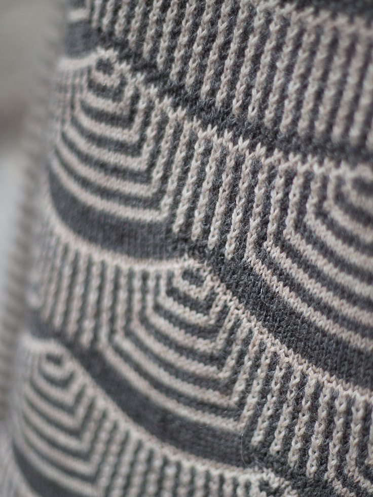 Knit Vertical Stripes Pattern : Mimoods knits interesting combination of stripes in