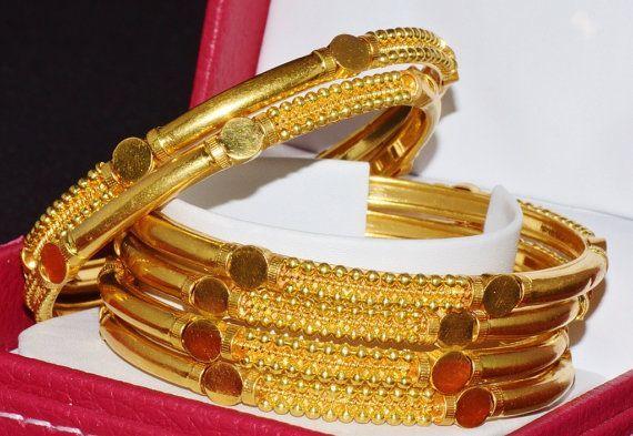 22K Gold Bangles - Gold Bangles - Estate 22k 916 KDM solid gold middle… - https://www.luxury.guugles.com/22k-gold-bangles-gold-bangles-estate-22k-916-kdm-solid-gold-middle/