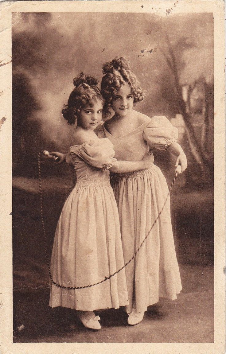 1919 Grete Reinwald and Sister Hanni with Skipping Rope Original Postcard