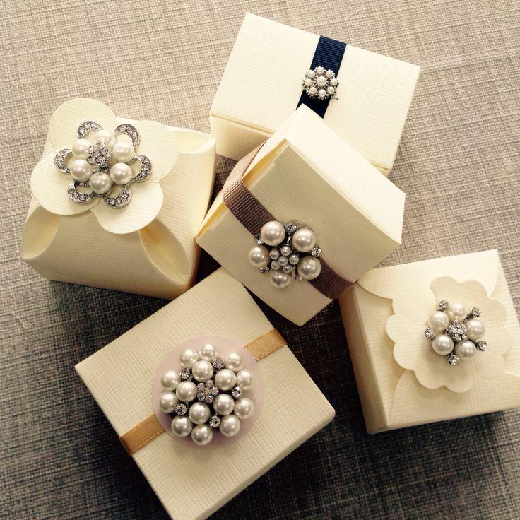 @Revadesigns Gem Encrusted Miniature Wedding Favour Boxes