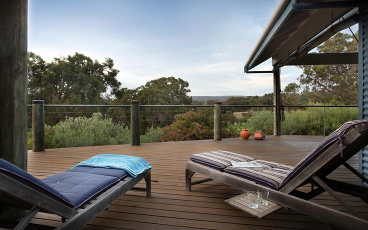 Self contained accommodation Yallingup  http://www.privateprop.com/yal/yal35.php