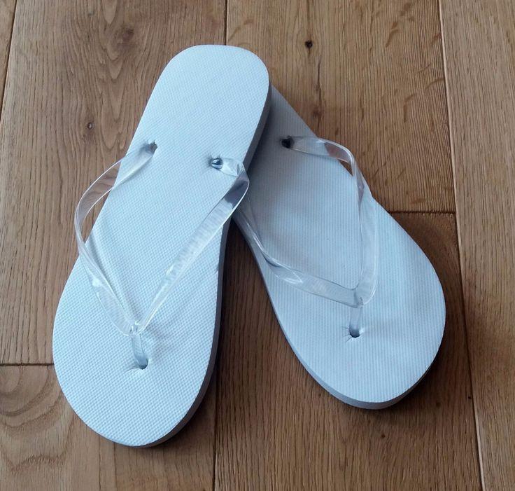 10, 20, 30 or 40 Mixed Size Bulk White Wedding Flip Flops for Dancing Baskets | eBay