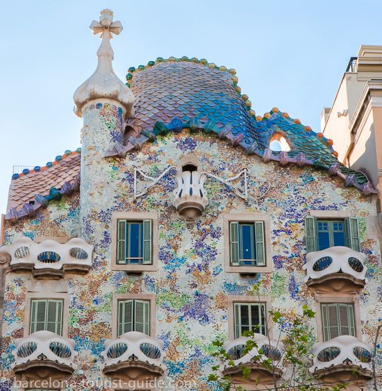 Barcelona Day Tours - Gaudi's Barcelona 2015 - Afternoon - Greece ...