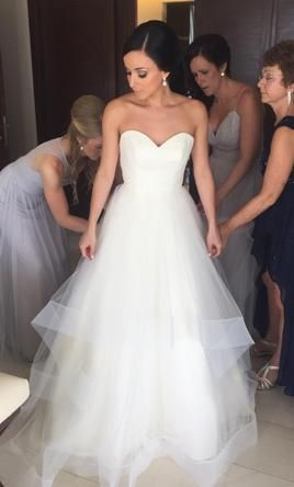 Hayley Paige Maisie: buy this dress for a fraction of the salon price on PreOwnedWeddingDresses.com