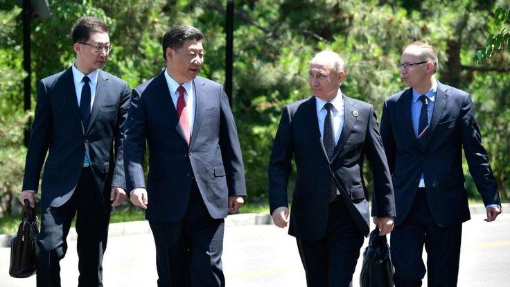 Энергетика, финансы и дипломатия: для чего глава КНР приехал в Москву   https://riafan.ru/852166-energetika-finansy-i-diplomatiya-dlya-chego-glava-knr-priehal-v-moskvu