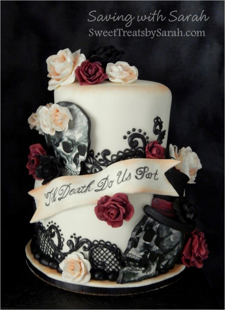 wedding cake with skulls roses and black lace - Halloween Wedding Cakes Pictures