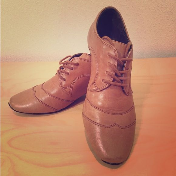 Josef Seibel shoes with small heel Beautiful and comfy. Never worn! Great tan color with small heel. Josef Seibel Shoes