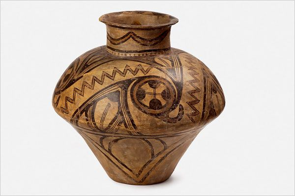 Biconical Vessel, Fired Clay, Cucuteni, Şipeniţ, 3700-3500 BCE. National History Museum of Romania, Bucharest. The Cucuteni-Trypillian culture is found in present-day Moldova, Romania and Ukraine.