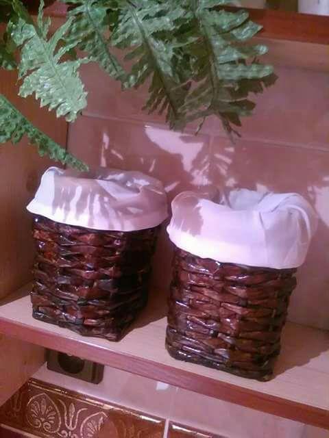 Pletené papírové koupelnové krabičky..