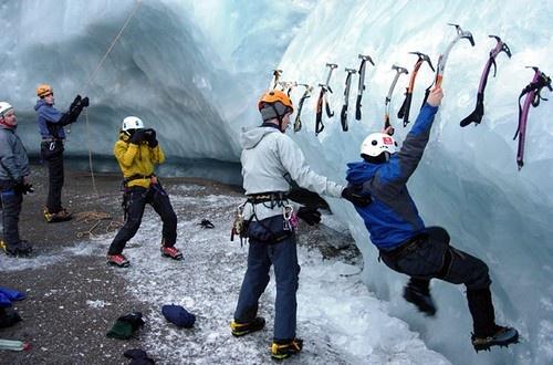 INFO: Ice Climbing ή αναρρίχηση στον πάγο