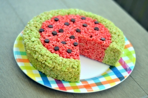 """Watermelon"" Rice Krispie TreatsRice Crispy Watermelon, Recipe, Watermelon Rice Krispie Treats, Rice Krispies, Krispie Watermelon, Watermelon Rice Crispy Treats, Tangy Watermelon, Nibbles Nosh, Chew Nibbles"