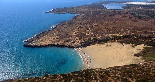 Spiaggia di calamosche nel territorio di Noto. Sicily.
