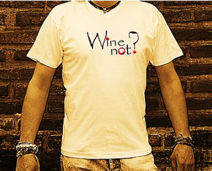 "T-Shirt (playera) blanca, hombre. ""Wine Not?"""