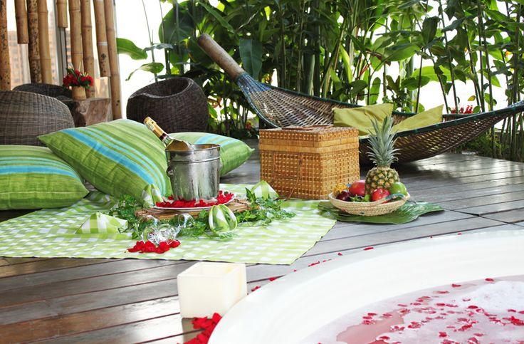 Picnic Romantico en Diez Hotel Categoría Colombia #picnic #natural #love #romantico #especial #jacuzzi #planesespeciales #plan #pareja #amor #diseño