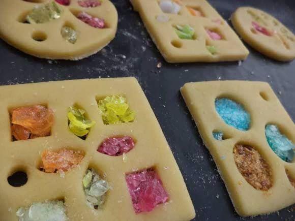 glas in lood koekjes zuurtjes getest_ ook idee voor lollies maken