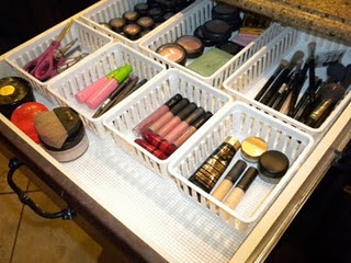 Make-up organization ...I need to do this!!