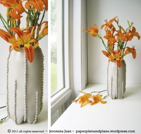 bean and soda pop bottle vase - great craft and recycling project! Put your own spin on this with different colors, shapes. Great inspiration!