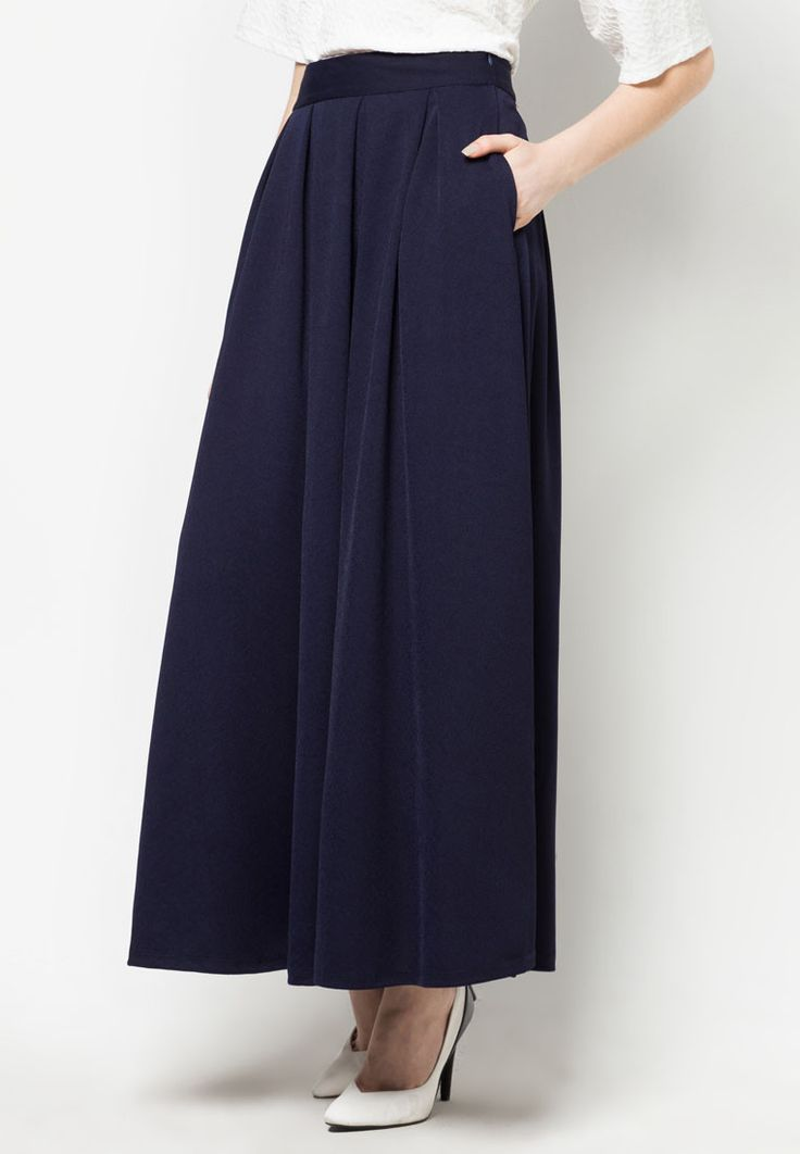 Pleated Maxi Skirt by Zalia. Maxi skirt with pleated accents and classic flare silhouette. There are two pockets on the side. Create the impression feminine in bold colors! Using polyester combination for material and navy for color pallete. Wear this skirt with your fashionable shirt! http://zocko.it/PD06
