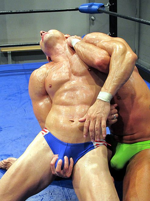 Submission wrestling ball squeeze domination