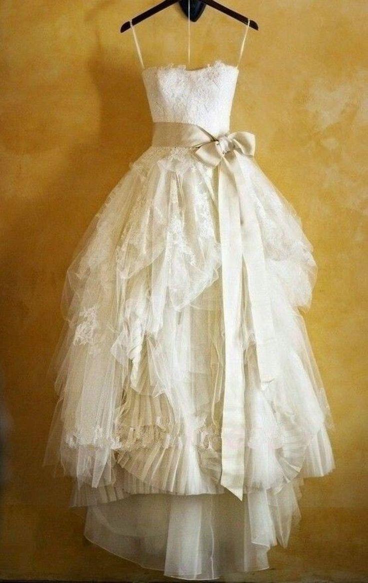 Tigerlilly Quinn: Wedding dresses for under £250, Etsy wedding dress