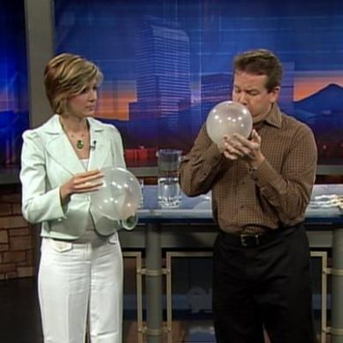 The Spinning Penny Inside a Balloon | Experiments | Steve Spangler Science