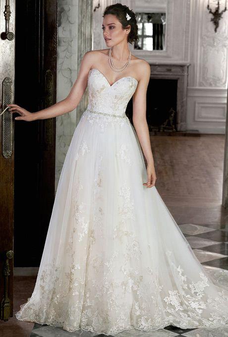 Se inspire na realeza com modelos de vestido de noiva princesa