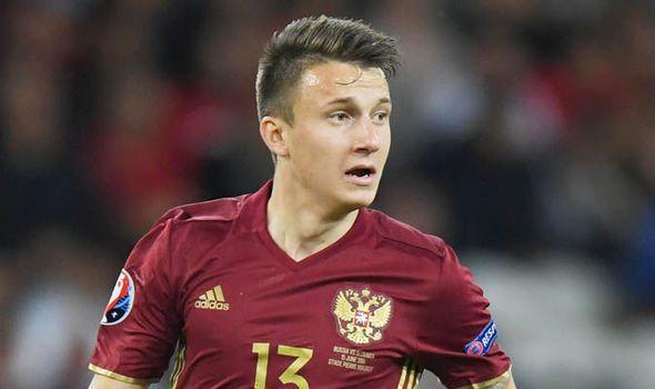 Arsenal Transfer News: Agent claims Aleksandr Golovin is on verge of signing   via Arsenal FC - Latest news gossip and videos http://ift.tt/2sFrQJj  Arsenal FC - Latest news gossip and videos IFTTT