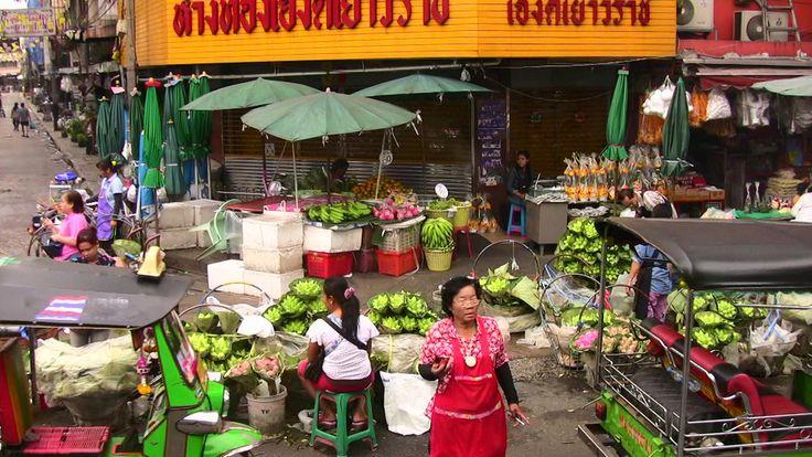 https://flic.kr/p/9S8PFL | THAILAND-Bangkok, auf dem Blumenmarkt  - 105