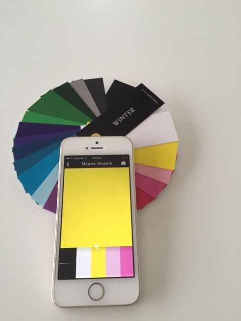 Winter Personal Colour Swatch App - A modern approach to a traditional cardboard personal shopping swatch!   Watch the how to video here:  https://www.youtube.com/watch?v=V9Ah1h6sUGs