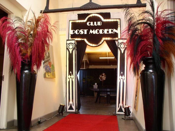 1920 39 s party entrance ideas elegant red carpet lighted for 1920 s party decoration ideas