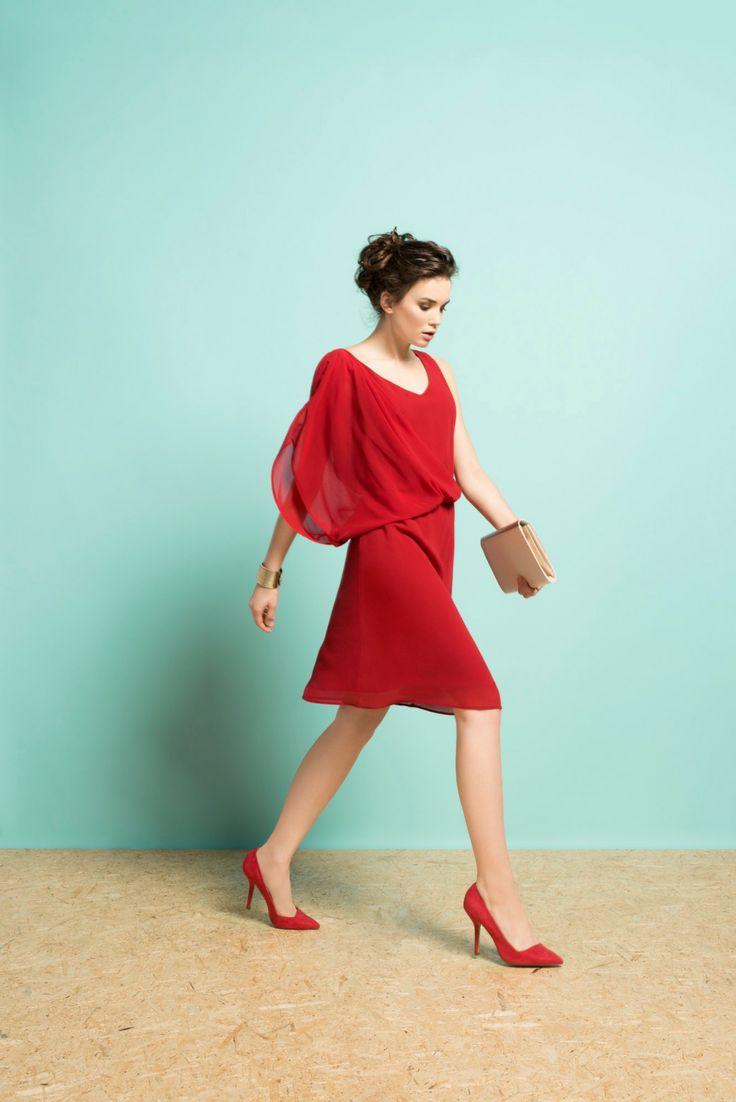 Kolekcja wiosna/lato 2014 #moda #kolekcja #lato #wiosna #wiosna-lato 2014 #SS2014 #danhen #lookbook #czerwień #sukienka #mała czerwona #złoto