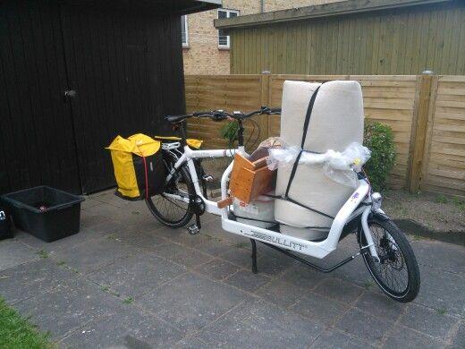 Bullitt milk plus cargo bike on the way to the recycling centre