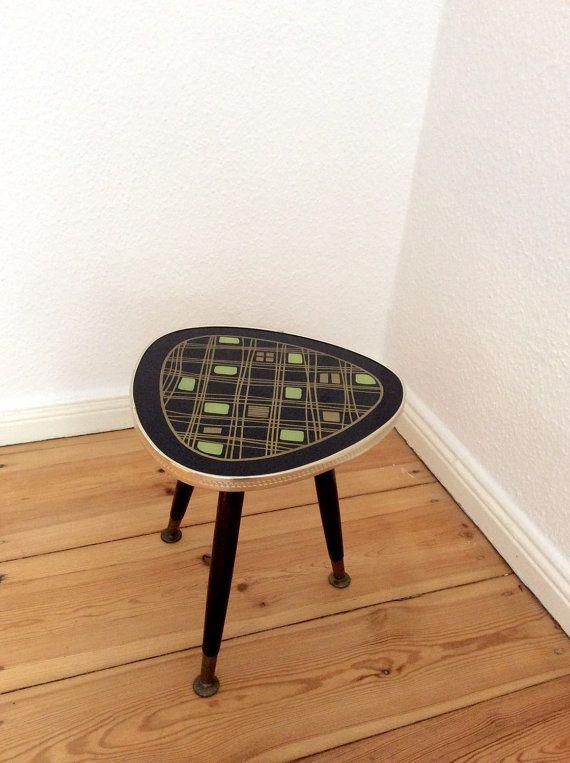 Vintage Plant Stand kidney table Flower / coffee by Berlinattic