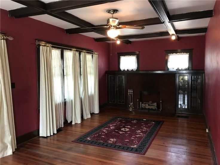 https://www.zillow.com/homes/for_sale/Indianapolis-IN/house,mobile,townhouse_type/1109215_zpid/32149_rid/1820-1935_built/39.965543,-85.837899,39.61997,-86.428414_rect/10_zm/