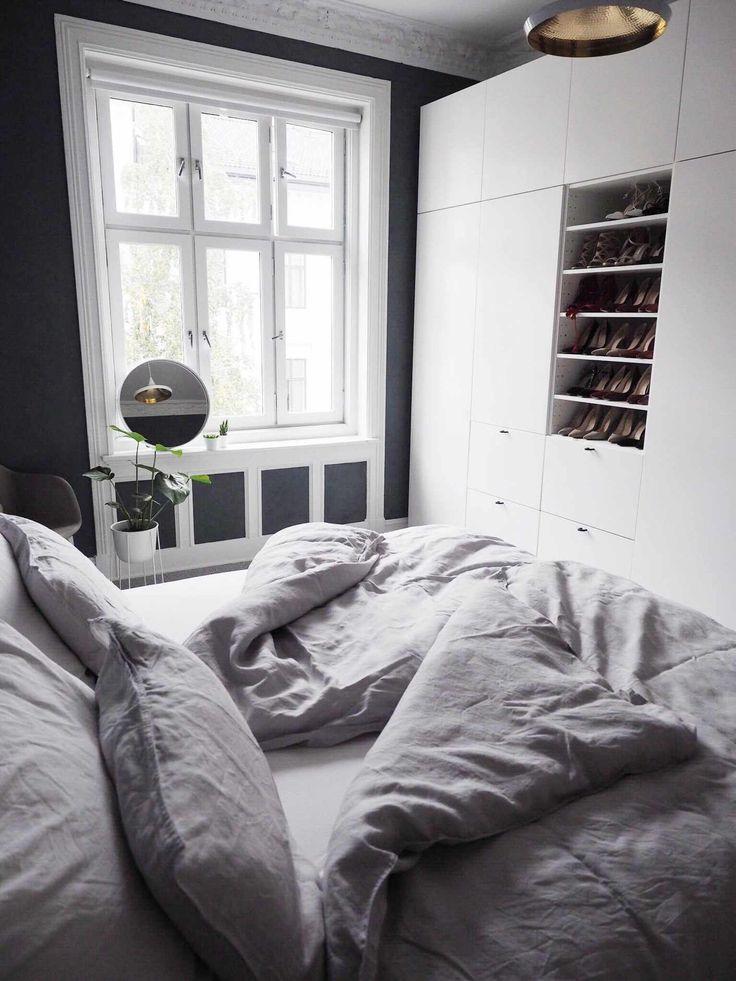 //My bedroom♥ // Seng Ikea, sengetøy H&M Home, stol Muuto, speil Hay, blomsterkrukke Menu, lampe Tom Dixon Nå begynner det å ligne på noe på soverommet! Som jeg har skrevet før, har jeg garderobe på budsjett, samme med sengen. Jeg vet at søvn og komfort er det viktigste, og at man kanskje burde investere i …