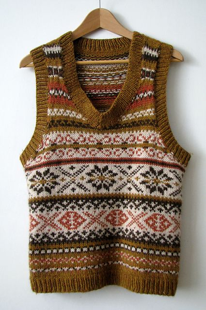 383 best images about Fair Isle Knitting on Pinterest Vests, Fair isles and...