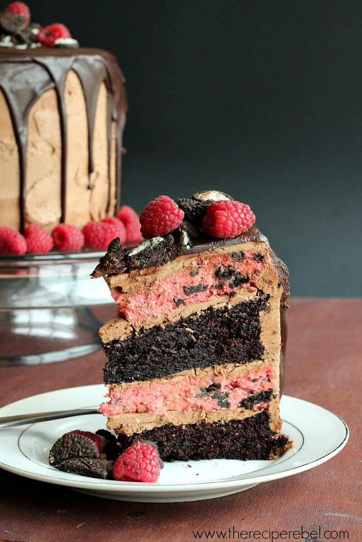 Raspberry Oreo Mocha Cheesecake Cake