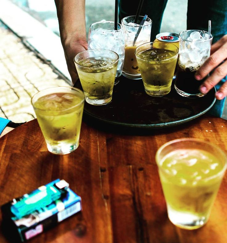 Iced tea under loud weather_________#saigon #chada #igs_asia @unlimitedasia #travelpics #igphotoworld #vietnam #buon #vietnamese #canonasia @canonvietnam #everydayasia @visitvietnam @ig_vietnam #travelphoto #canon6d @vietnamairlines #break #chill