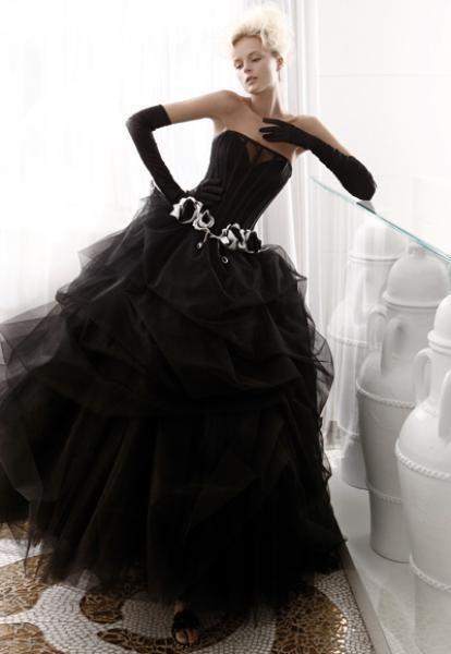 Картинки черное платье невесты