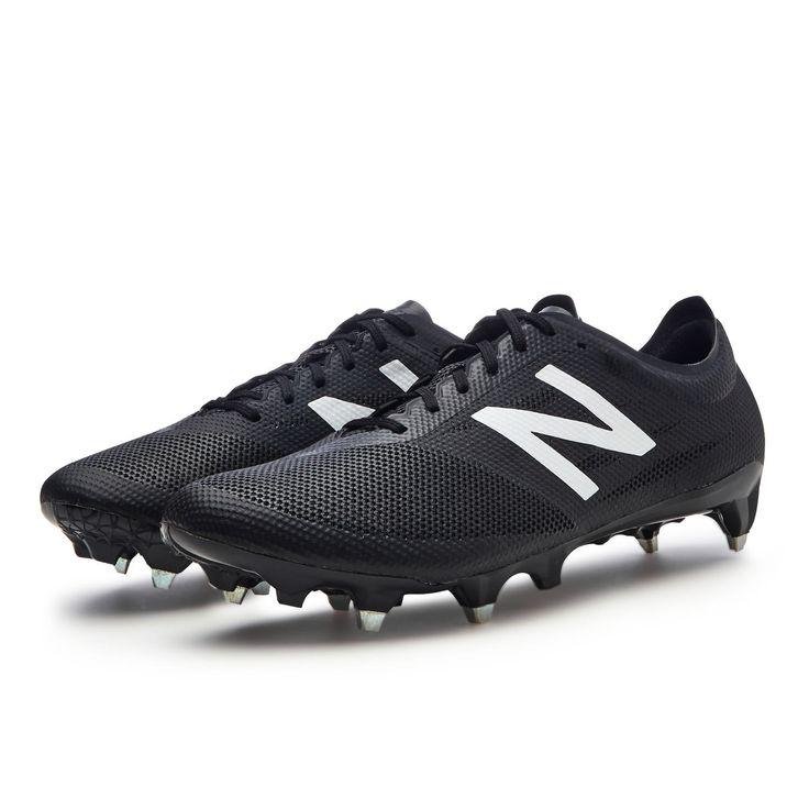 New Balance Furon 2.0 Blackout - Furore in Schwarz! #NewBalance #Fussballschuhe #Fussball #Soccer #Boots #Black #Furon