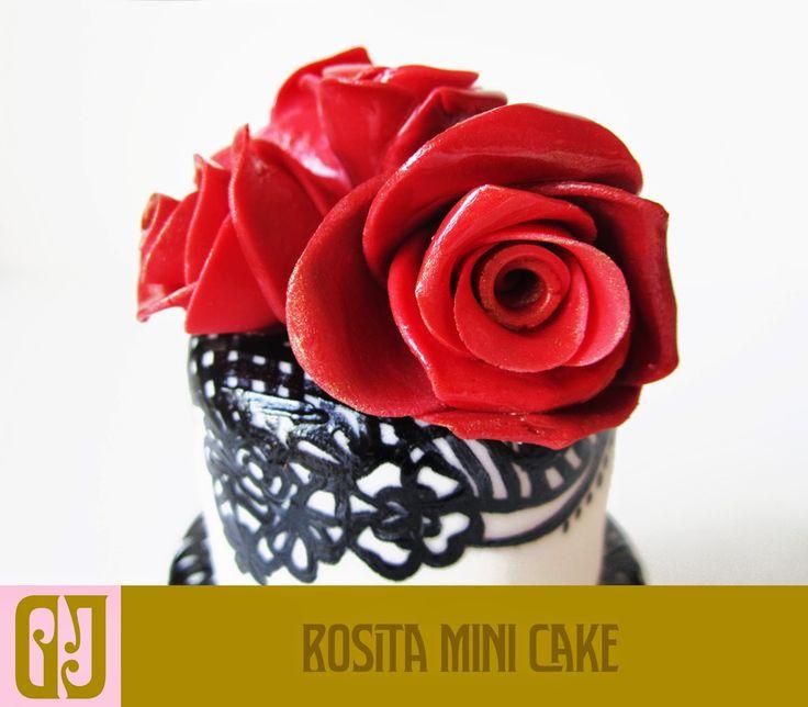 Rosita Mini Cake